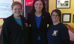 Senator Kelly Ayotte Makes A Campaign Stop!