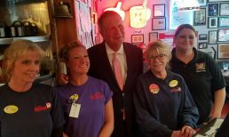 Ohio Governor John Kasich Enjoys Lunch at Red Arrow Diner